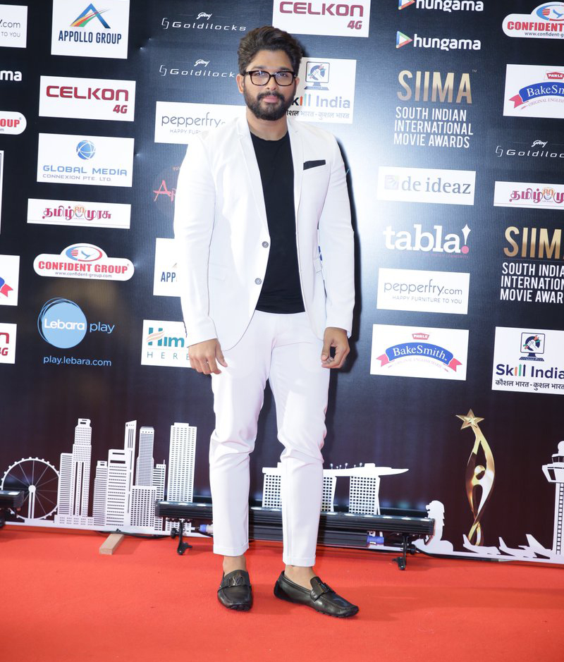 SIIMA awards 2015 AlluArjun images and hd wallpapers